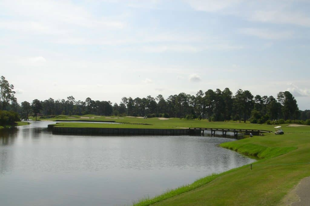 "Myrtle beach golf course Kings North. Photo of the 16th hole called ""The Gambler"" for it's risk reward choices"